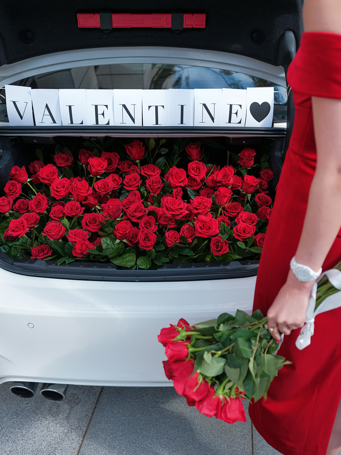 9 Days of Valentine – Day 3: Take A Road Trip   Of Leather and Lace - Fashion & Travel Blog by Tina Lee   valentines date ideas, valentines day decor, red roses, car trunk red roses