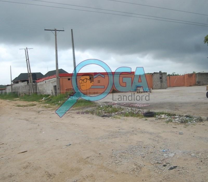 Abijo Skyteam Bus stop at Logic Palms Estate Near Novare Shoprite in Abijo, Ajah, Lagos State 1