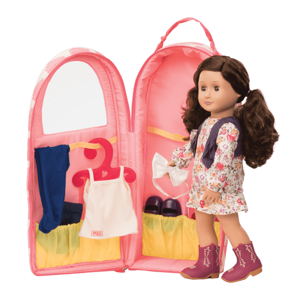 BD37235-Going-My-Way-Doll-Carrier-Single-02@3x