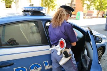 polizia  I