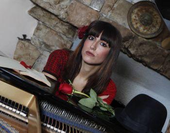 La cantante tortonese Nicoletta Filella su Radio Popolare