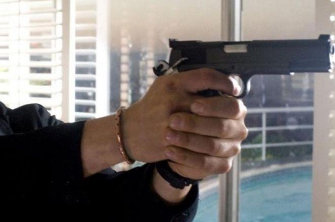 Tortona, armati di pistola rapinano il rivenditore di moto e scappano. Stranieri?