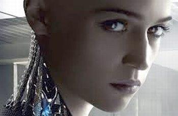 """Cinema: """"Ex machina"""" al Megaplex Stardust, bel film di fantascienza che si interroga sul rapporto uomo/macchina"""