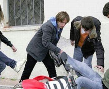 Alessandria, bullismo e furto in via San Giovanni Bosco, nei  guai due ucraini minorenni