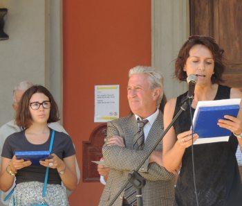 Federica Scupelli che presenta la manifestazione