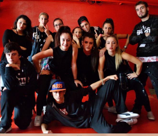 Un gruppo di giovani tortonesi in Francia per fare musica