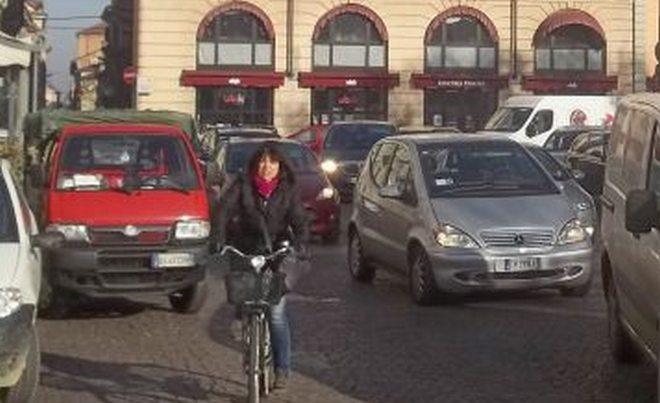 Alessandria vara disposizioni anti-Smog in attuazione delle Legge Regionale