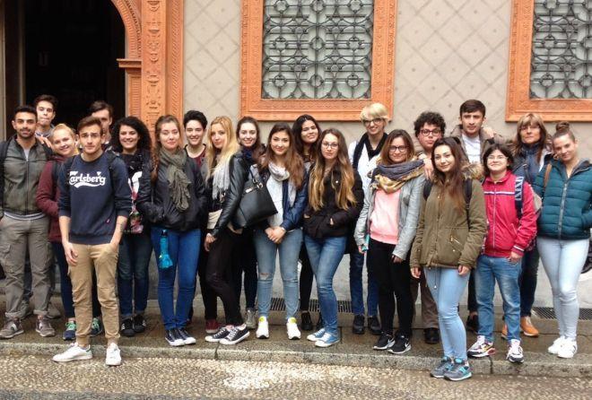 Gli studenti del Marconi a Milano in gita d'istruzione