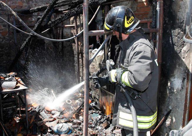 "Brucia il tetto di una casa a Fresonara, e una ""manica"" di una fonderia a Carentino"