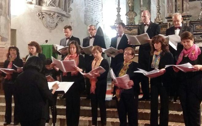 Un successo il concerto della corale di Voghera a Sale