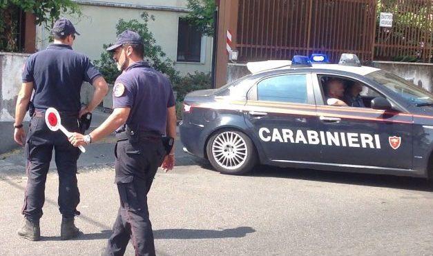 Ruba superalcolici all'Esselunga di Alessandria, arrestata e condannata ai domiciliari una donna