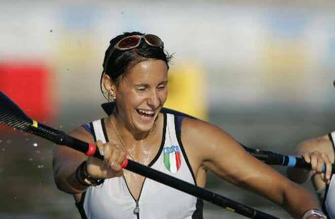 Denise di Matteo, campionessa di canoa nuovo comandante del Nucleo oeprativo della Finanza di Tortona
