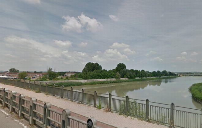 Alessandria, un pensionato si suicida gettandosi nel Tanaro dal ponte Tiziano