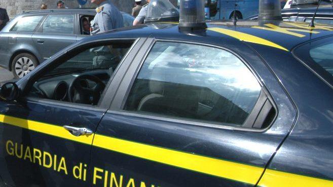 La Finanza di Alessandria scopre 67 lavoratori irregolari e un'evasione da un milione di euro