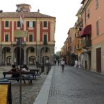 Piazza Malaspina a Tortona frequentata da una banda di ragazzini teppistelli? Inveiscono contro i Carabinieri e….