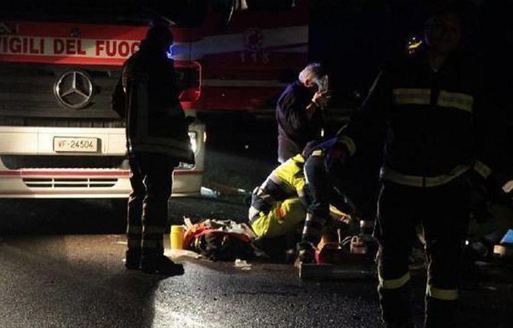 Uomo di 40 anni muore ribaltandosi con l'auto ad Acqui Terme