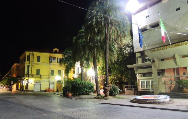 """Da ieri il monumento ai caduti di Diano Marina acquista più valore: l'autore insignito ad memoriam del premio """"Lorenzo il magnifico"""""""