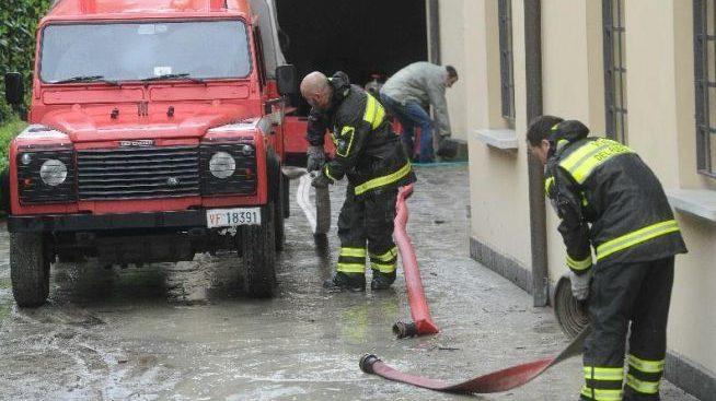 A Pontecurone si allagano una cantina e un seminterrato, intervengono i pompieri