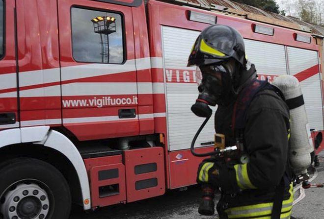 In fiamme un'abitazione a Dolcedo, muore il cagnolino per asfissia