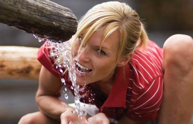 Il Comune di Novi Ligure regala 50 litri di acqua al giorno alle persone in difficoltà finanziarie