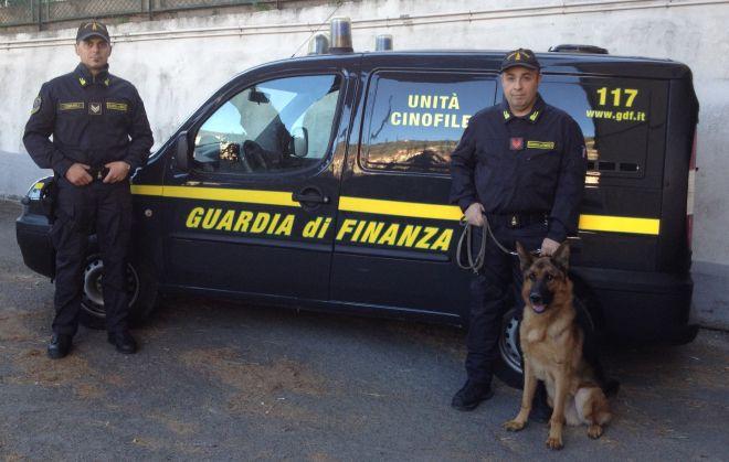 Marocchino arrestato dalla Guardia di Finanza a Ventimiglia con 3,2 kg. di marjiuana