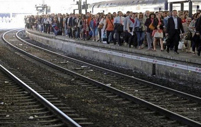 Due treni straordinari domenica 11 giugno dalle riviere di Levante e Ponente per Genova e Milano.