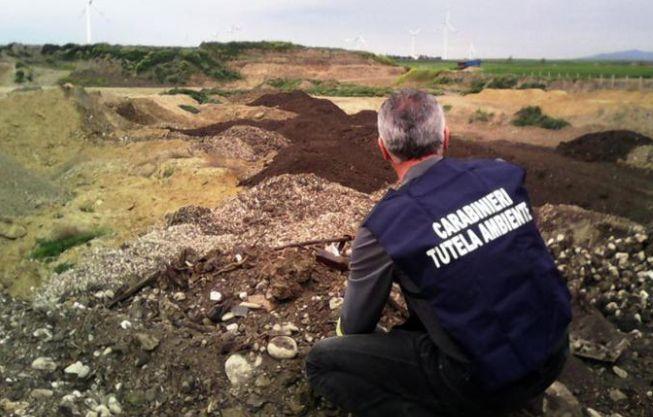 Alessandria, azienda agricola nei guai per aver lasciato rifiuti sul terreno