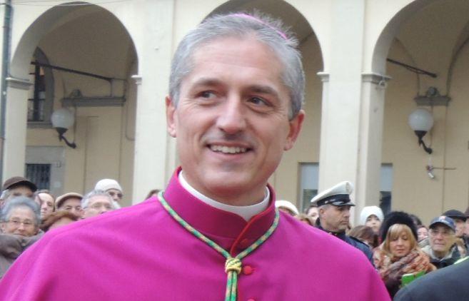 """Il Vescovo Viola: """"A maggio si vota, ma di cosa ha bisogno Tortona?"""" Le considerazioni nel messaggio per S.Marziano"""