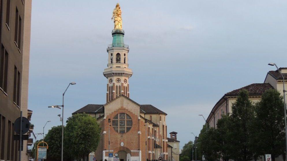 A Tortona è iniziata la novena della Festa della Madonna della Guardia