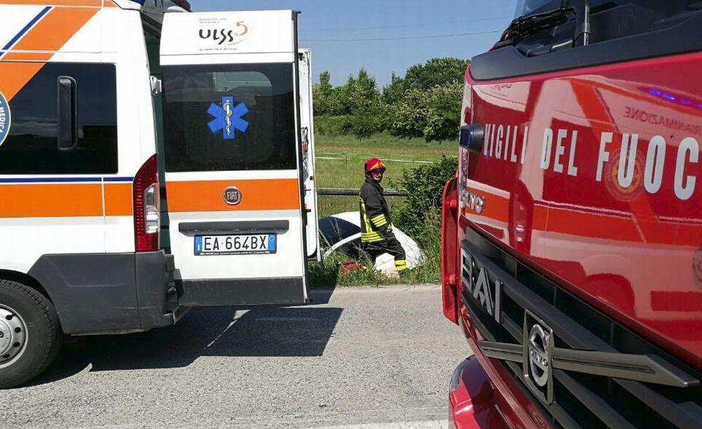 Schianto frontale fra San Giuliano e Alessandria, muore un uomo di 61 anni. Code e caos