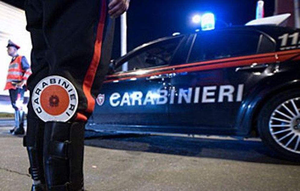 """Sanremo.  Carabinieri setacciano la """"Pigna"""" con l'ausilio dei cinofili. Arrestato un pusher"""