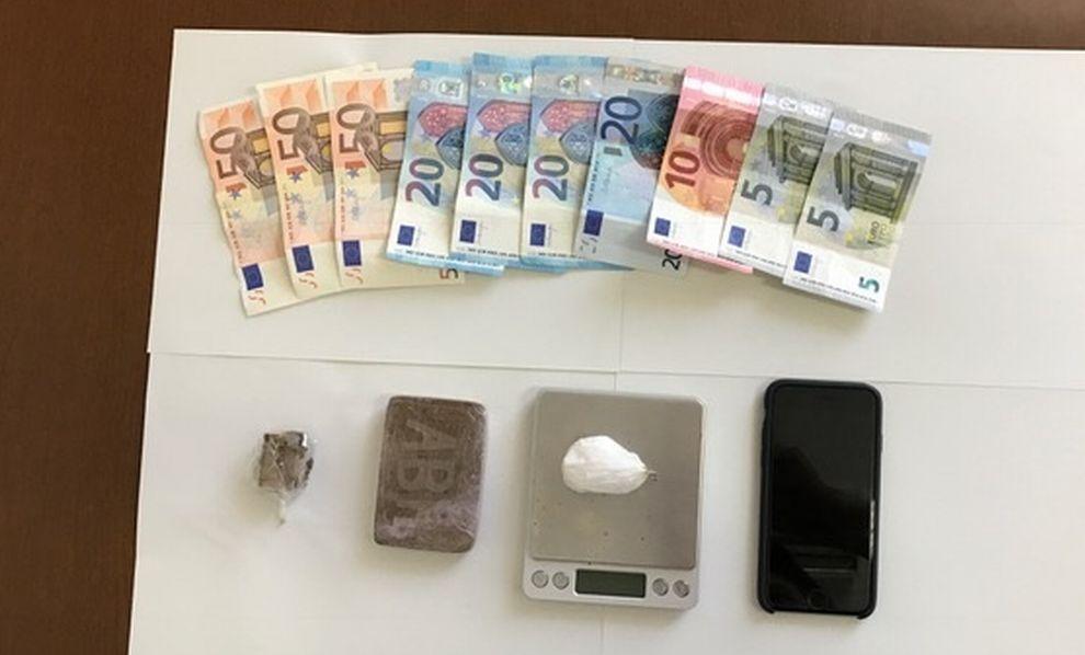 Doppia operazione antidroga dei Carabinieri di Alessandria con due arresti, soldi e materiale sequestrato