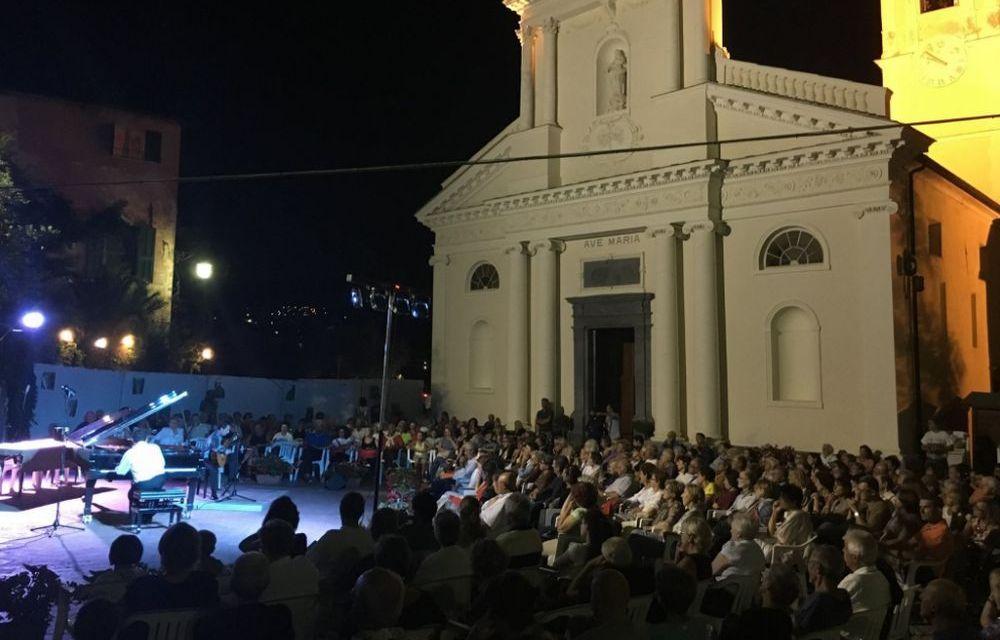 Rovere d'Oro a San Bartolomeno, meno di un mese al termine per le iscrizioni per il festival musicale