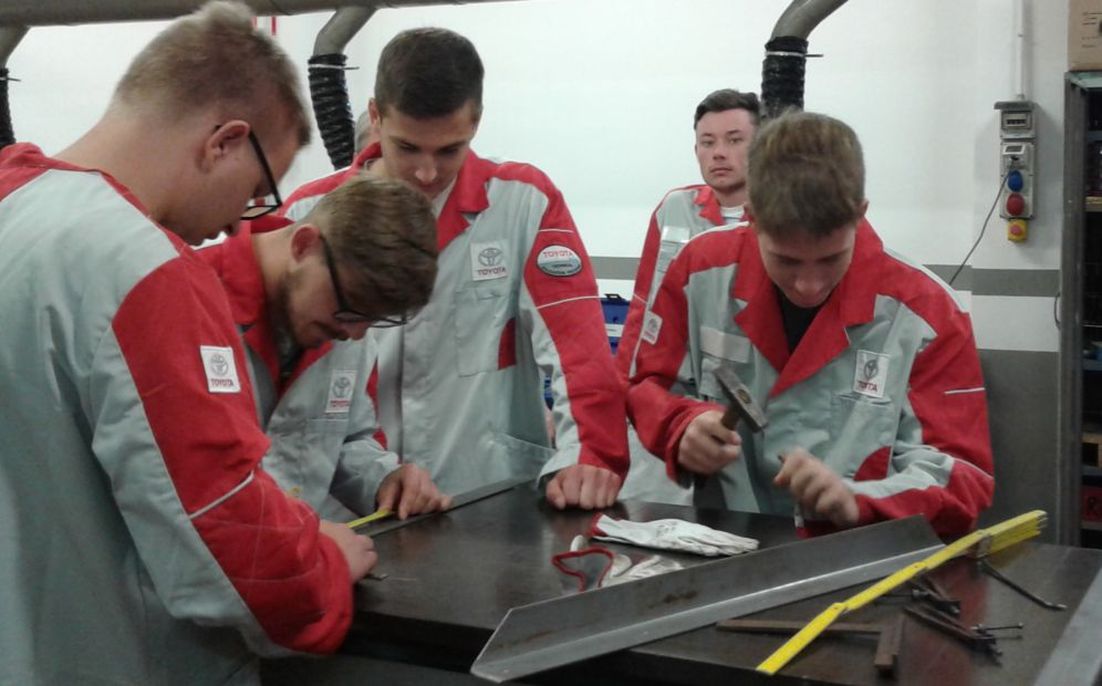 """Gli studenti del """"Marconi"""" di Imperia incontrano i coetanei tedeschi dell'istituto OSZ Elbe-Elster"""