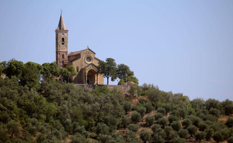 """Anche Imperia organizza per Domenica la """"Camminata fra gli olivi"""" con visita al Santuario di Montegrazie"""