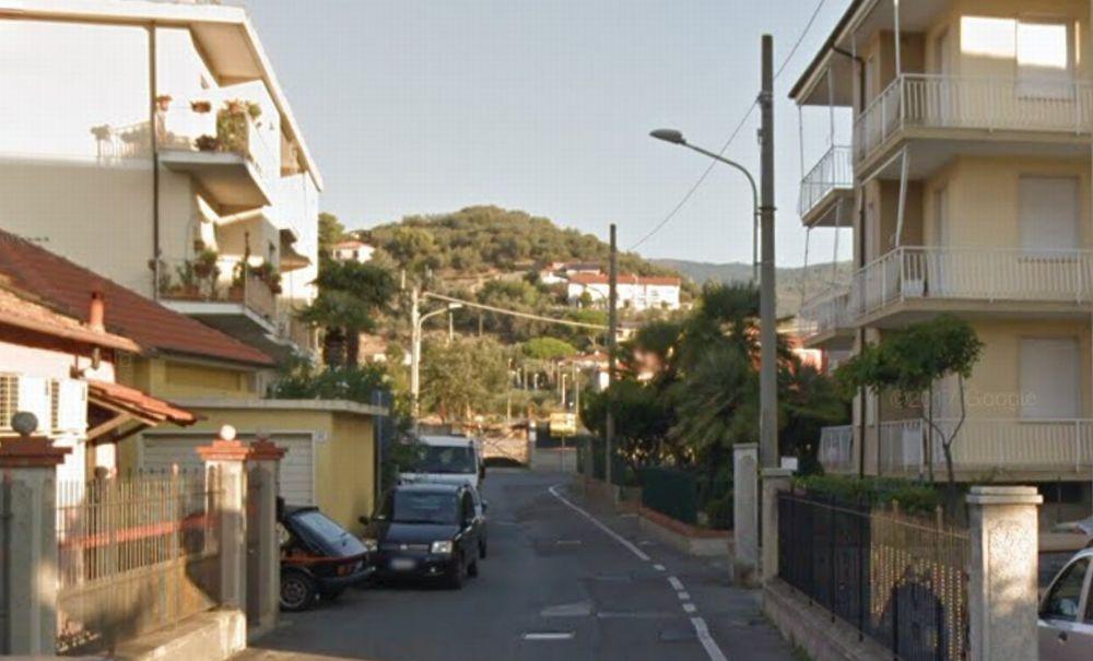 Diano Marina dice stop ai parcheggi in via Cà Rossa
