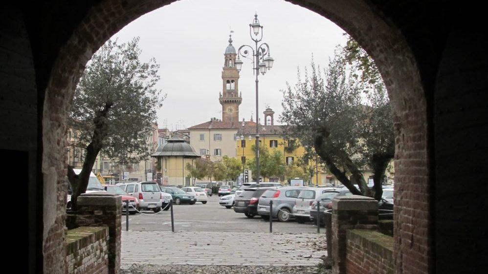 """Tappa a Casale Monferrato del tour """"Torino- Venezia lungo la via del Po"""" di ciclisti non vedenti"""