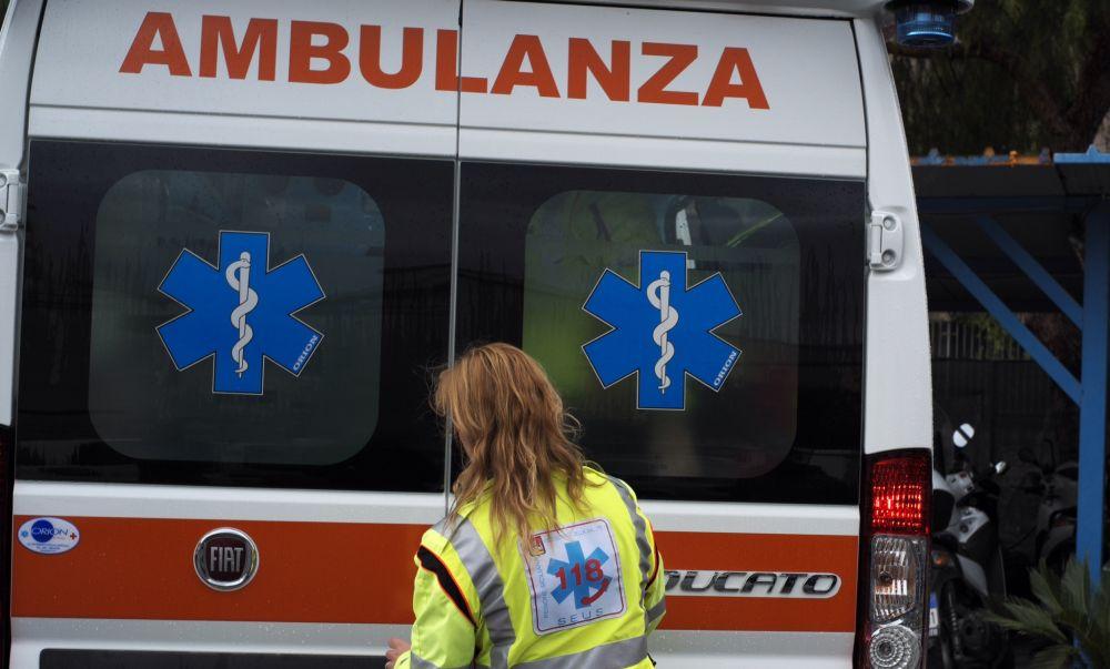 Tortona, incidente in moto sulla statale per Voghera, ma per fortuna niente di grave. Continuate però a segnalare al 3394501161 anche su whatsapp