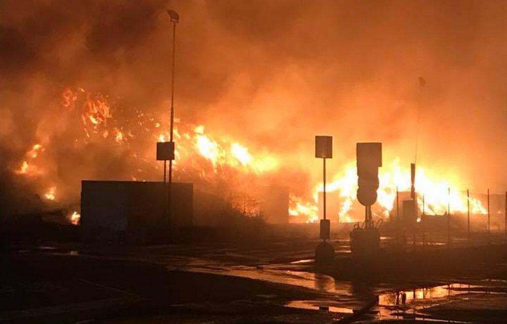 Brucia ancora la discarica di Alessandria, doppio intervento dei pompieri
