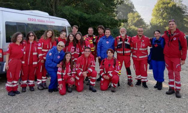 I volontari Emilia Esposito e Paolo Panigalli della Croce Rossa di Voghera in Abruzzo
