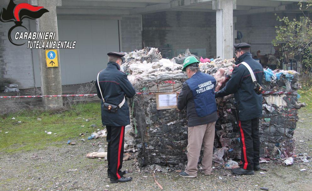 Scoperto un deposito abusivo di rifiuti plastici a Spinetta Marengo