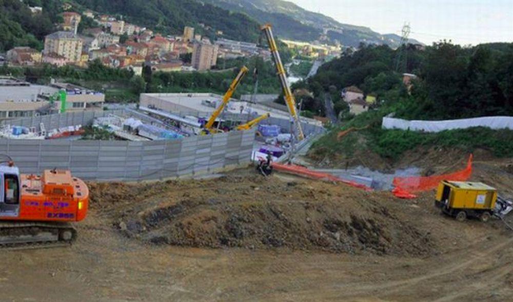 Terzo Valico, domani fra Tortona e Pozzolo Formigaro si toglie la massicciata che può contenere amianto. Dureranno due mesi