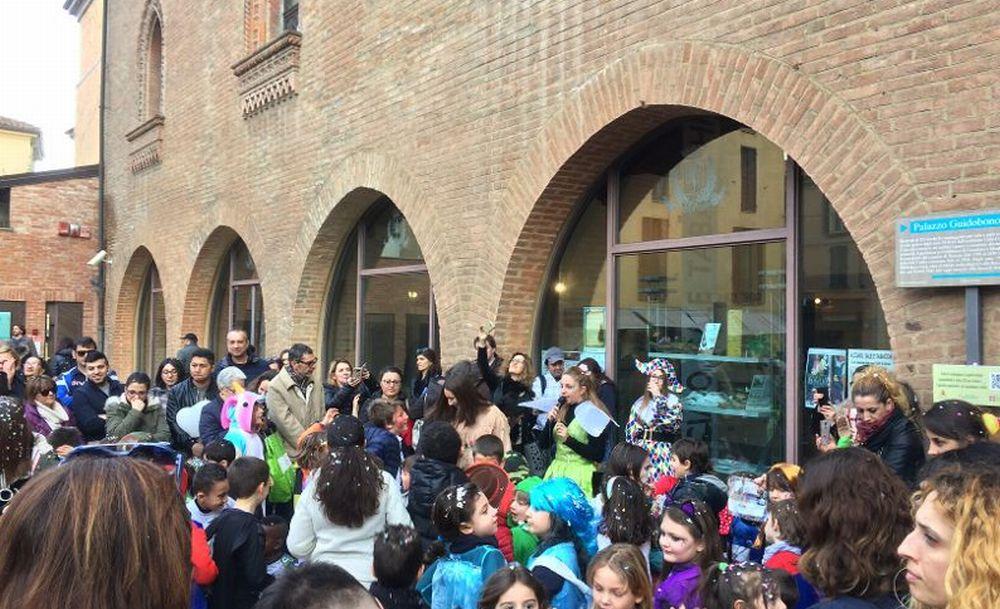 Tortona, le immagini del Carnevale dei bambini patrocinato dal Comune