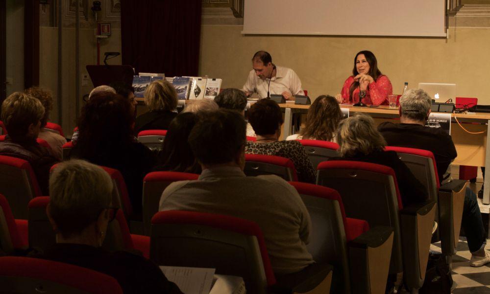Il dianese Luca Valentini ha centro ad Albenga con i convegni sul mistero