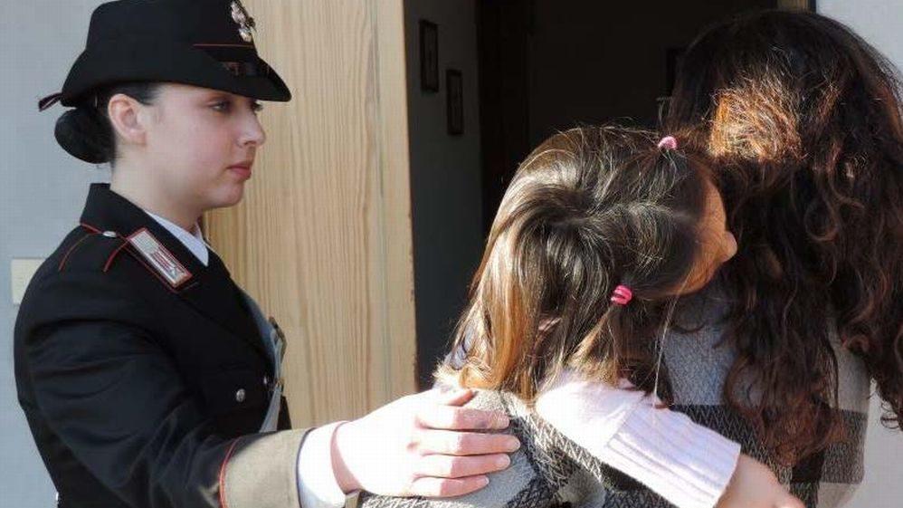 Tanti interventi dei Carabinieri per maltrattamenti su donne e minori nel casalese