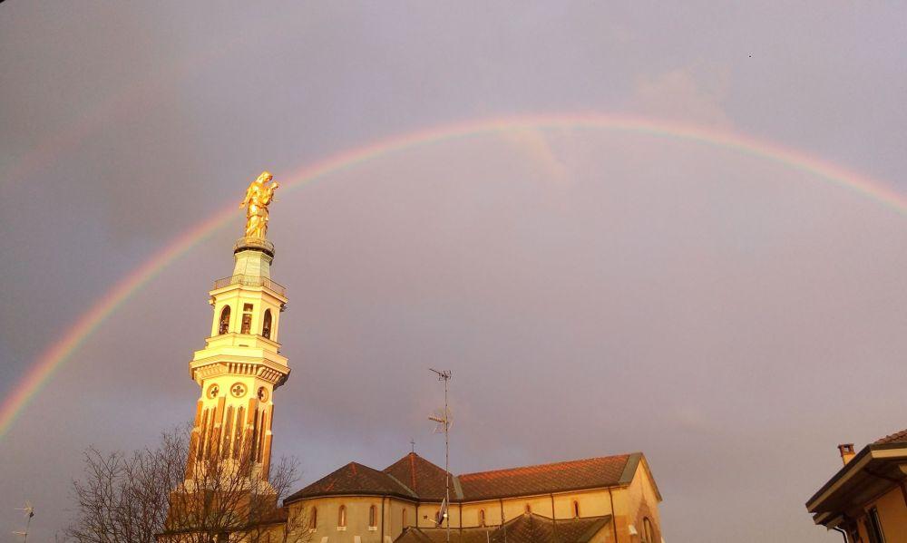 C'è Oggi Tortona: uno splendido arcobaleno immortalato da Giusy Dell'Aquila
