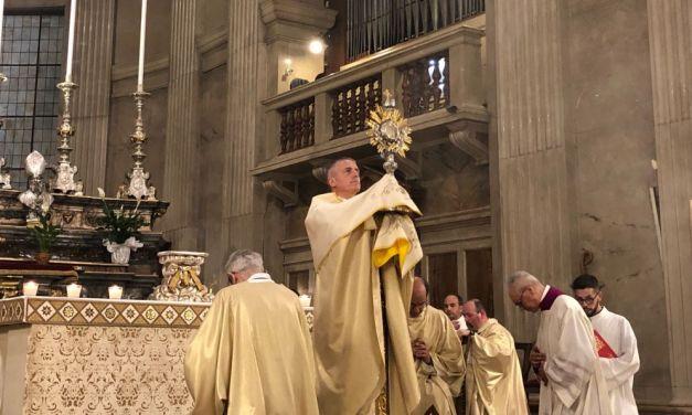 A Tortona il Vescovo Vittorio Viola ha celebrato il Corpus Domini