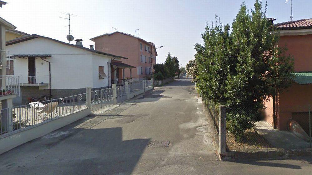 Castelnuovo Scrivia, via Bellini: non lo vedono per tutto il giorno e danno l'allarme, è morto