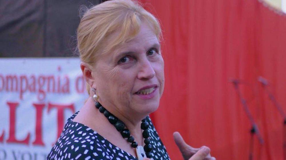 La tortonese Maria Angela Damilano presenta il suo libro e ispira uno spettacolo teatrale a Voltaggio