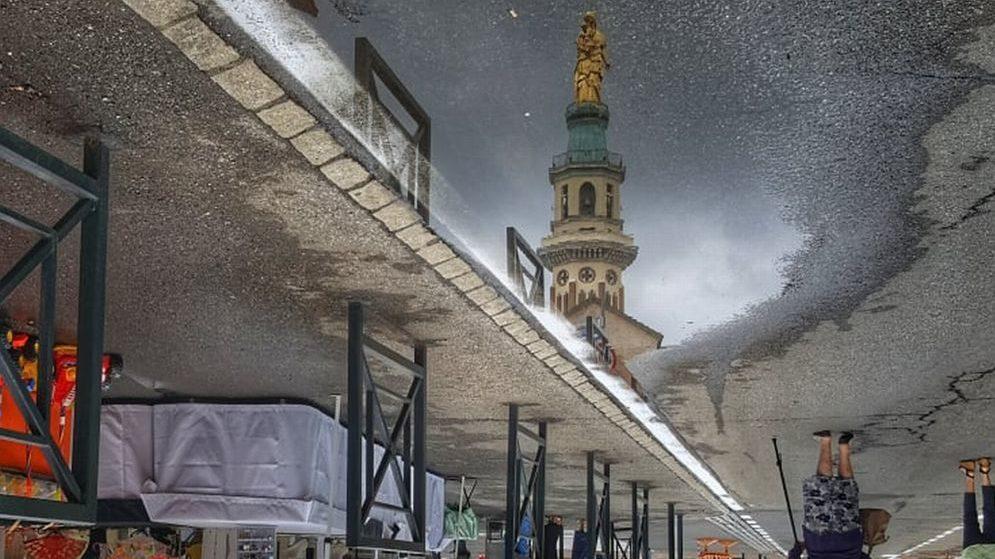 Giovedì è la festa della Madonna della Guardia di Tortona. L'anticipo nella foto di Dino Giacomo Zanardi